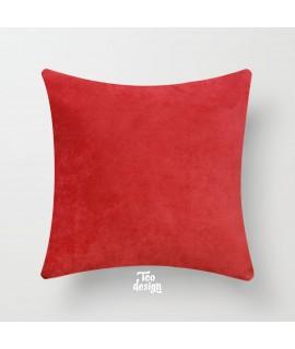 Подушка  красного цвета